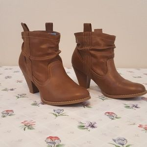 Maurices Booties. #01038